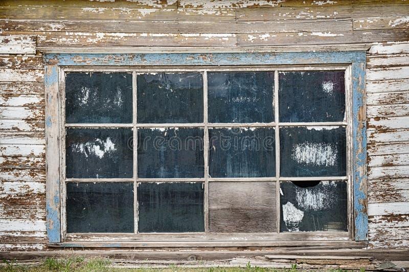 Garagevensters in Landelijk Amerika stock fotografie