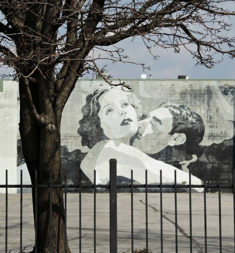 Garbo en Gilbert Love Scene Street Art in Columbus Ohio Van de binnenstad royalty-vrije stock foto