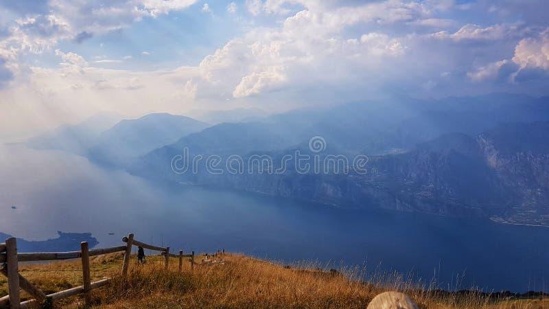 Garda jeziora dach zdjęcie royalty free