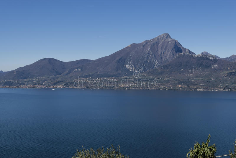Garda jezioro od Crero obrazy royalty free