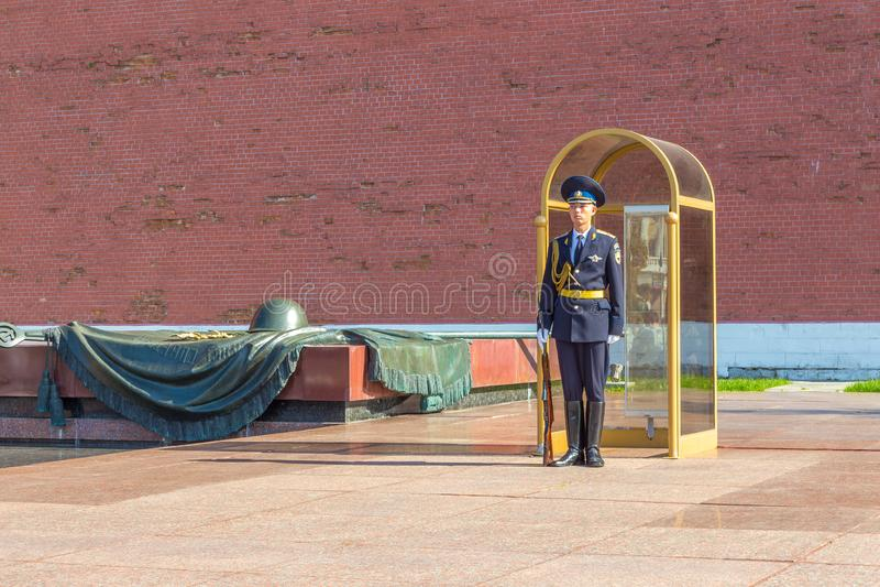 Garde à la tombe du soldat inconnu, Moscou, Russie photos stock