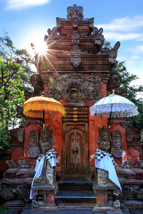 Garde de Dieu au temple saint de ressort, Bali, Indonésie image libre de droits