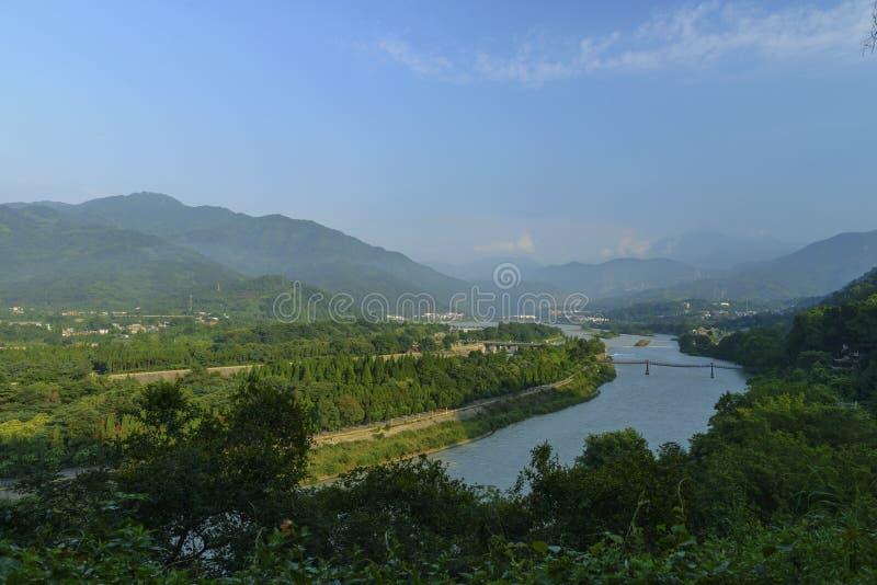Garde de négligence de l'eau chez Dujiangyan photographie stock