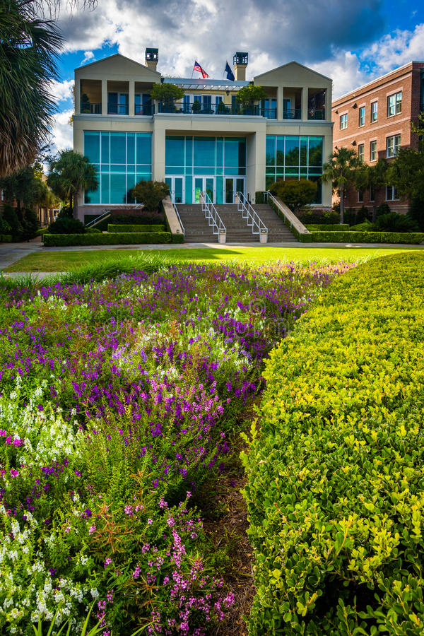 Garden and buildings at the Waterfront Park in Charleston, South stock photography