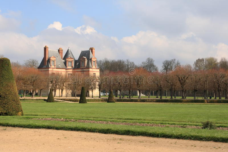 Download Garden of Fontainebleau stock photo. Image of garden - 34356028