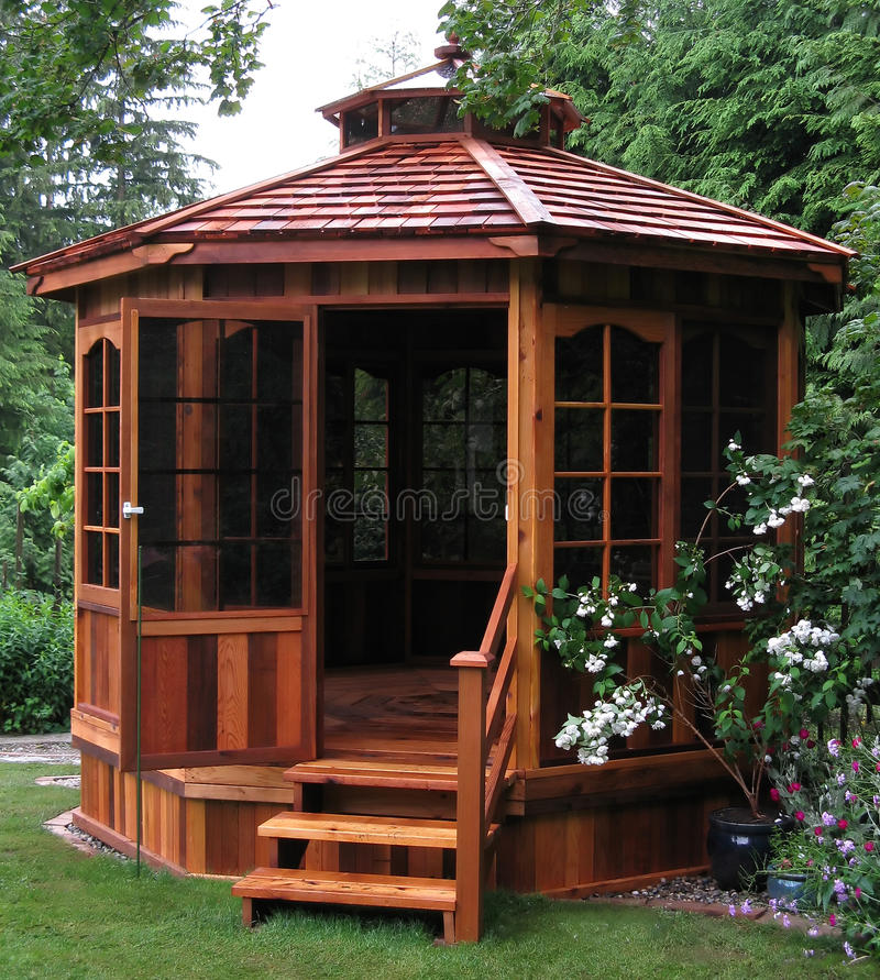 Free Garden Gazebo Royalty Free Stock Photo - 11394545
