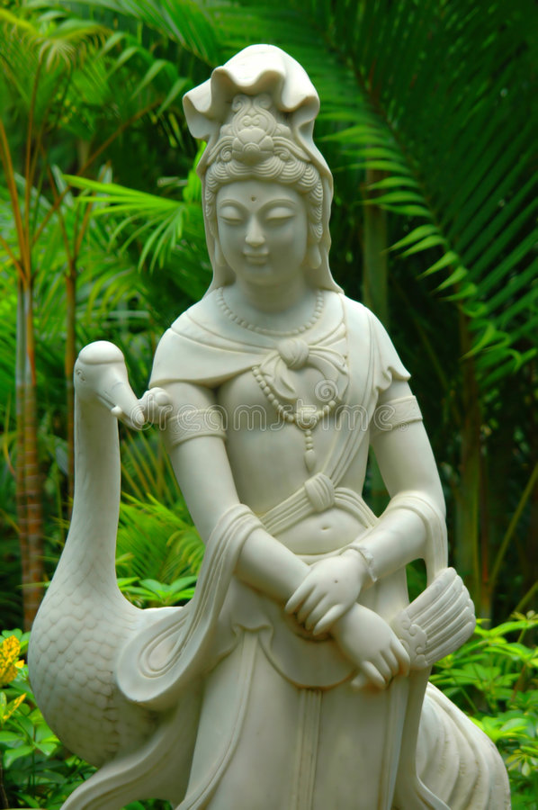 Free Garden Marble Statue Of Guanyin Royalty Free Stock Photography - 6620837