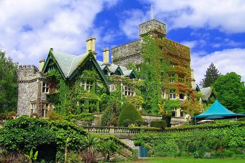 Hatley Castle, Royal Roads University, Victoria, Vancouver Island, British Columbia, Canada. Garden view of the Dunsmuir residence Hatley Castle above Esquimalt stock photos