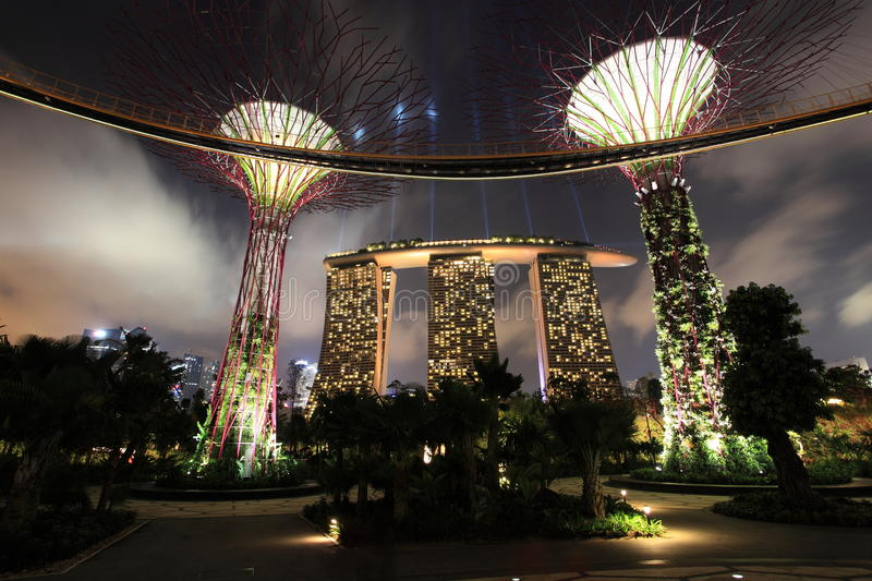 Download Gardens by the Bay editorial photography. Image of unique - 27985972
