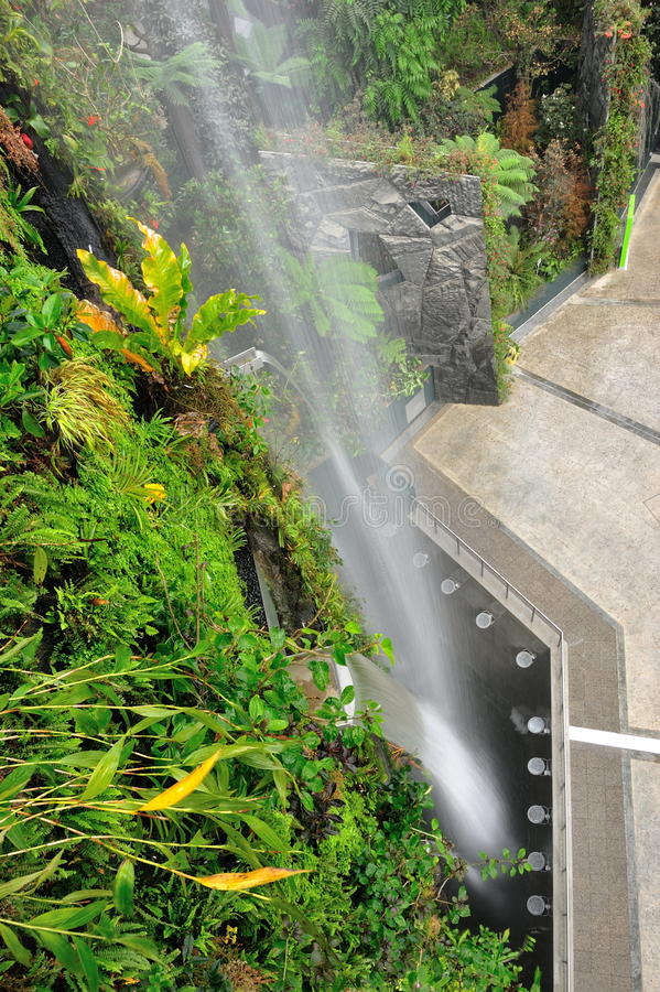 Download Gardens By The Bay Man-made Waterfall Stock Image - Image: 25841037