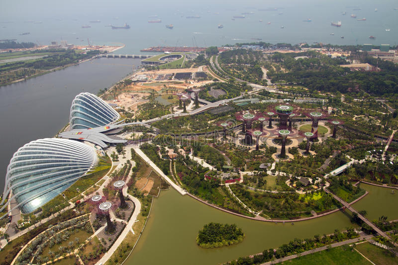 Download Gardens By The Bay, Singapore Royalty Free Stock Images - Image: 26816539