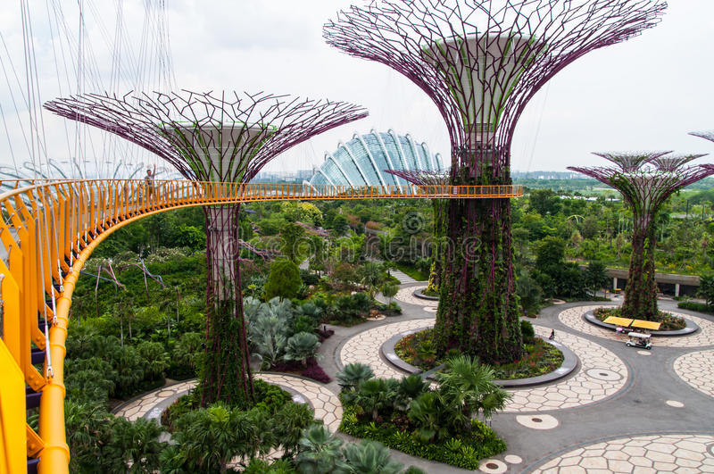 Download Gardens By The Bay Editorial Stock Image - Image: 41953679