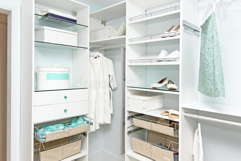 garderob royaltyfria foton