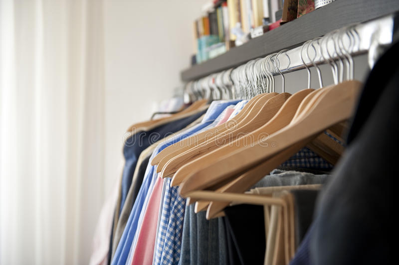 Garderobe stockbilder