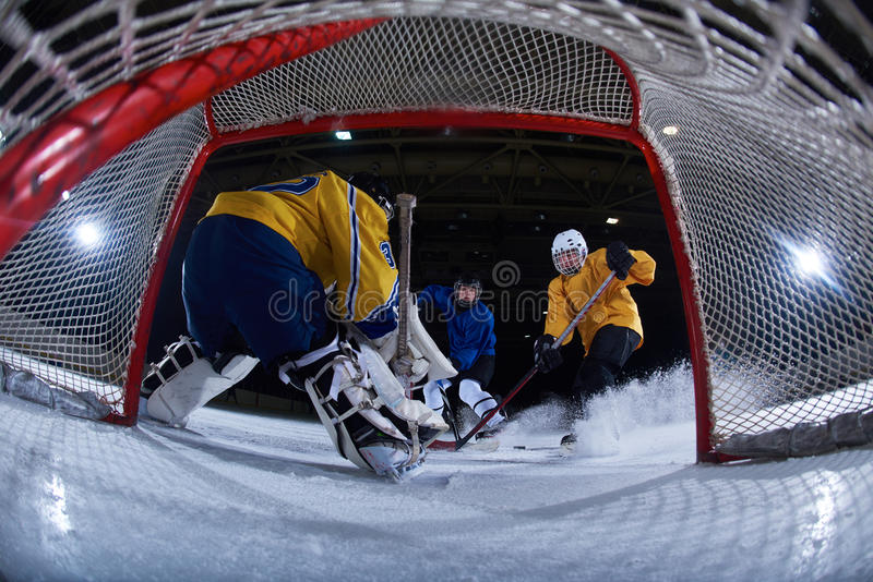 Gardien de but de hockey sur glace photo stock