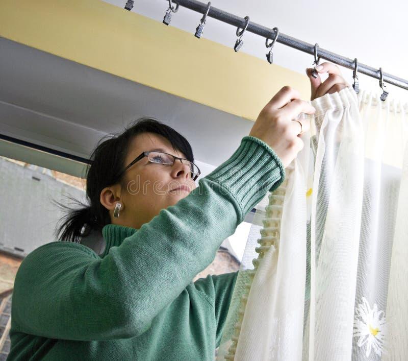 gardiner som netto hänger arkivbild