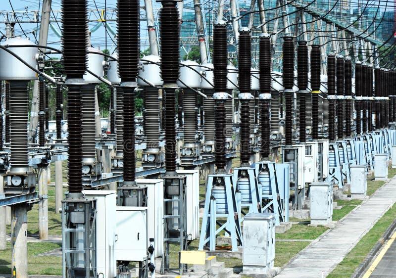 Gare électrique de transformateur images stock