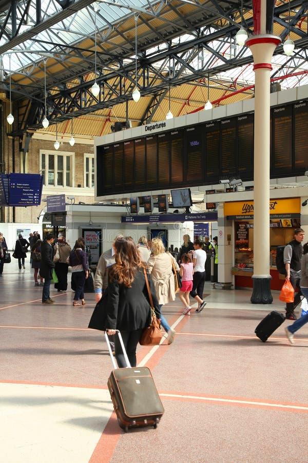Gare de Londres Victoria photo libre de droits