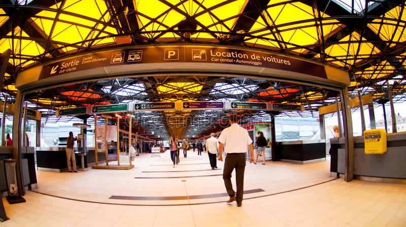 Download Gare de Lyon editorial photography. Image of lyon, railway - 20673627