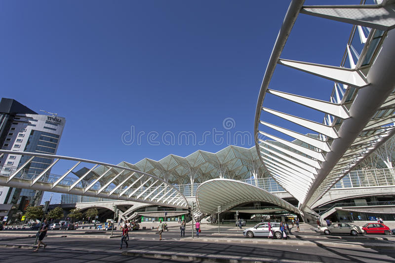 Download Gare Do Oriente - Park Of Nations - Lisbon Editorial Stock Photo - Image of european, architecture: 38656993