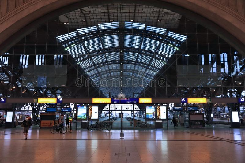 Gare ferroviaire de Leipzig photo stock