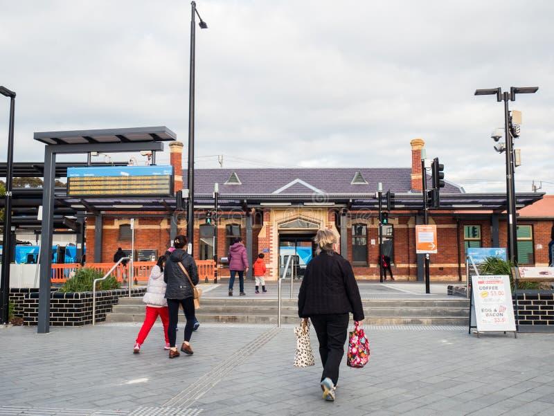 Gare ferroviaire de Ringwood dans la ville de Maroondah dans les banlieues orientales de Melbourne photo stock