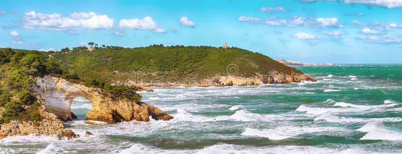 Gargano coast: San Felice arch Architello. Vieste, San Felice arch rock bay, Gargano peninsula, Apulia, southern Italy, Europe stock photo