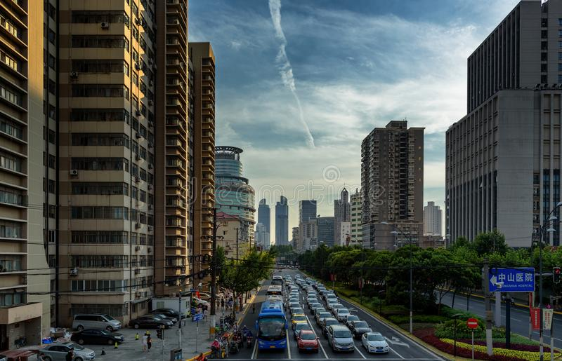 Garganta da rua em Shanghai, China fotografia de stock royalty free