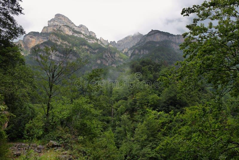 Garganta de Anisclo no parque nacional de Ordesa, Espanha foto de stock royalty free