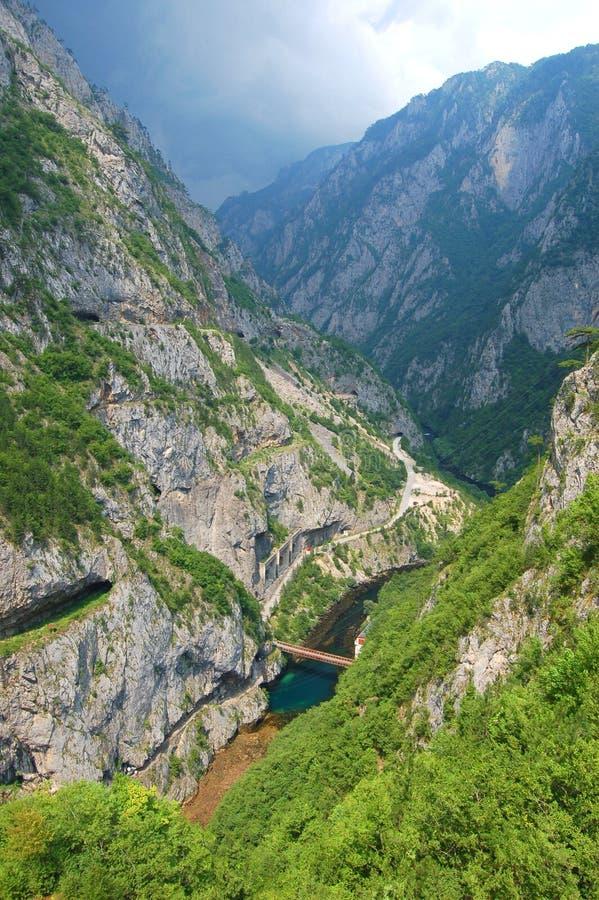 Garganta do rio de Piva, Montenegro fotos de stock