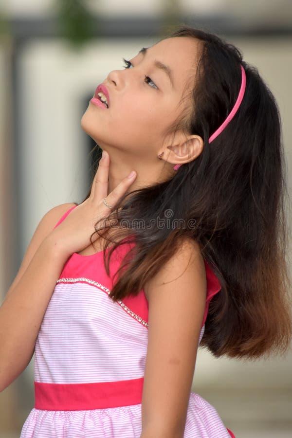 Garganta joven de Filipina Teenage Female With Sore imagen de archivo