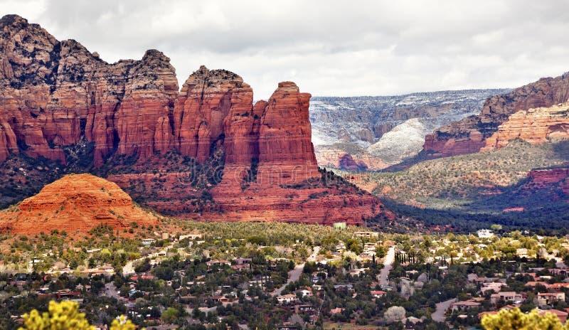 Garganta Sedona o Arizona de Sugarloaf da rocha do potenciômetro do café foto de stock royalty free