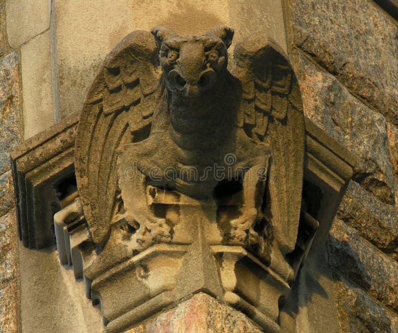 Gargouille op kerk stock foto's