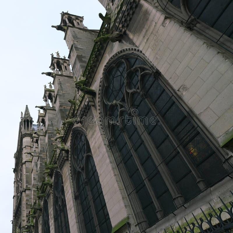 Gargouilles bij een kerk in Frankrijk royalty-vrije stock afbeelding