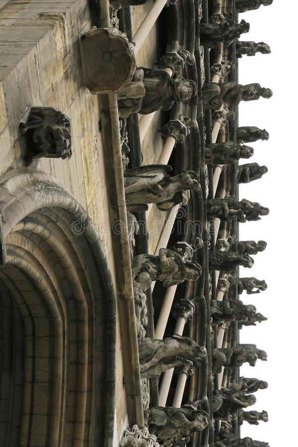 Gargouilles op de westelijke voorgevel van Eglise Notre-Dame DE Dijon royalty-vrije stock afbeelding