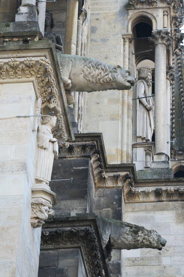 Gargouilles van Kathedraal van Notre-Dame of Onze Dame van Reims in Reims, Frankrijk royalty-vrije stock afbeelding