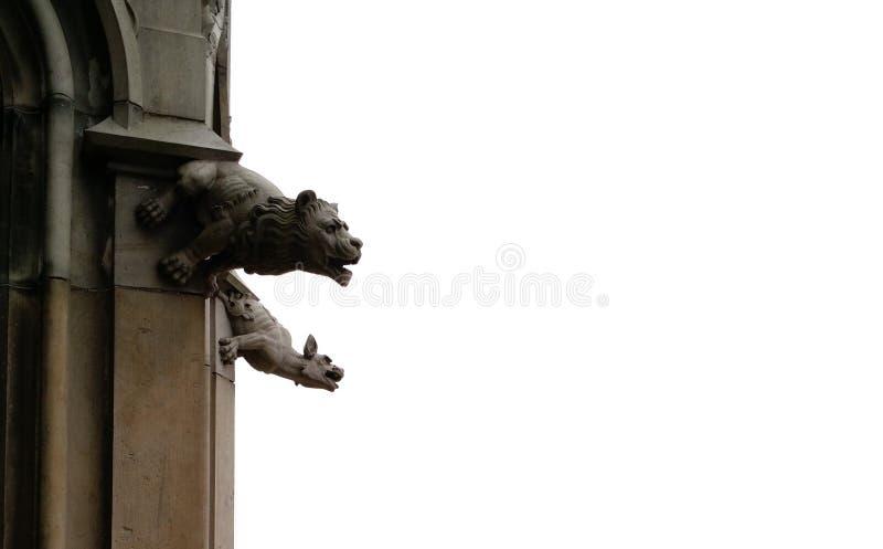 Gargoyles που προβάλλει από τους τοίχους του μοναστηριακού ναού Ulm, Γερμανία στοκ φωτογραφίες