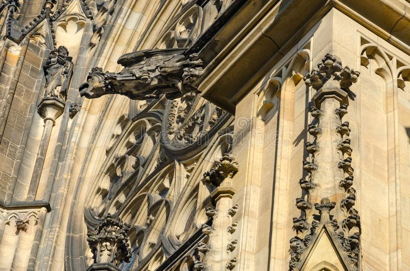 Gargulec na budynku St Vitus katedra w Praga kasztelu, Praga, republika czech obrazy stock