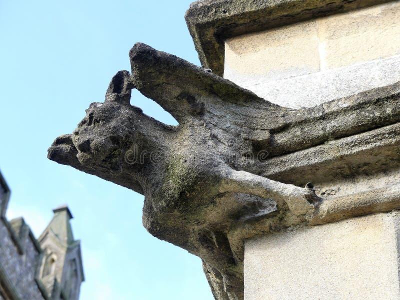 Gargulec na g?rze wierza St Mary ko?ci??, Stary Amersham, Buckinghamshire, UK obrazy royalty free