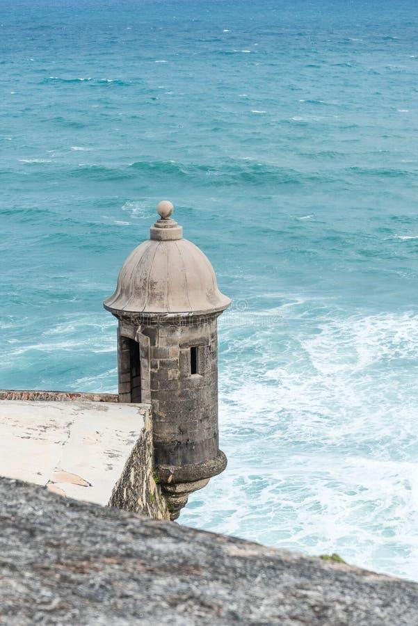 Garita au-dessus de la mer photographie stock libre de droits