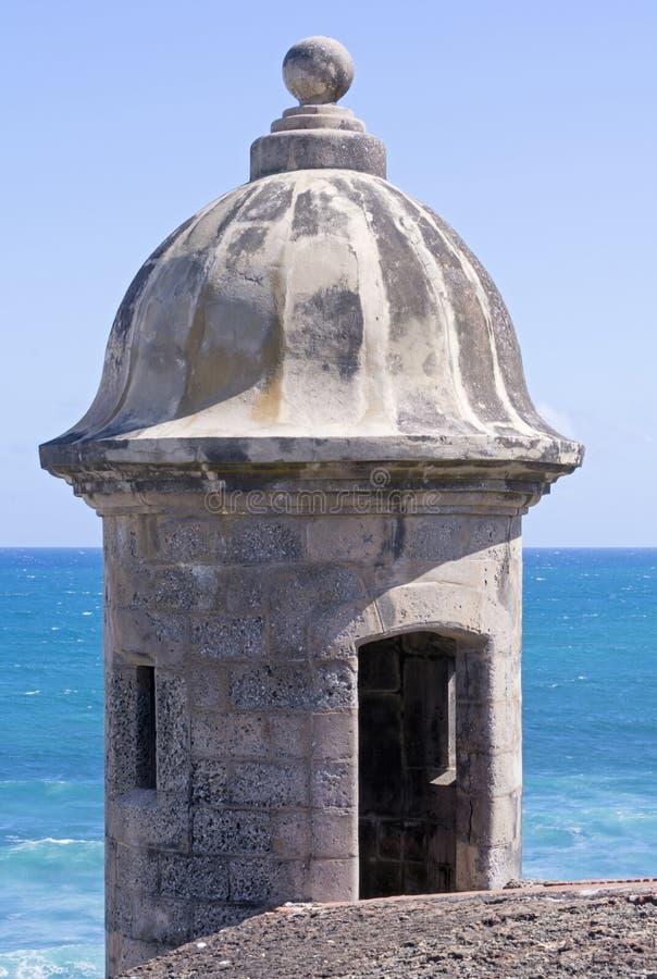 Garita en Castillo de San Cristobal en San Juan fotos de archivo