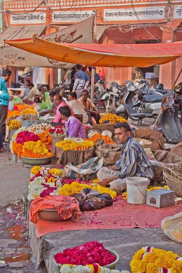 Garland Sellers à Jaipur, Inde photo libre de droits