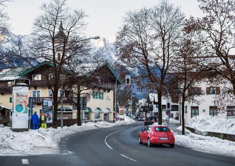 Garmisch-Partenkirchen miasteczko w Bawarskich Alps, Niemcy zdjęcia stock