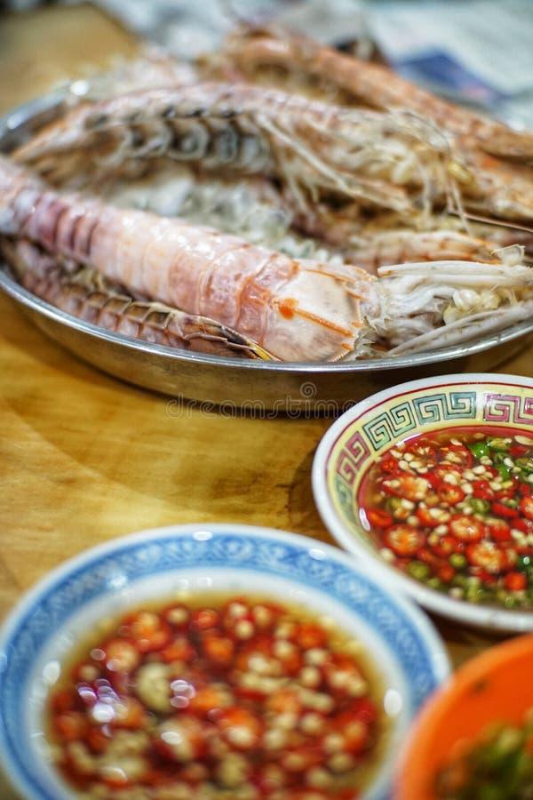 Garnalen en Spaanse peper stock afbeeldingen