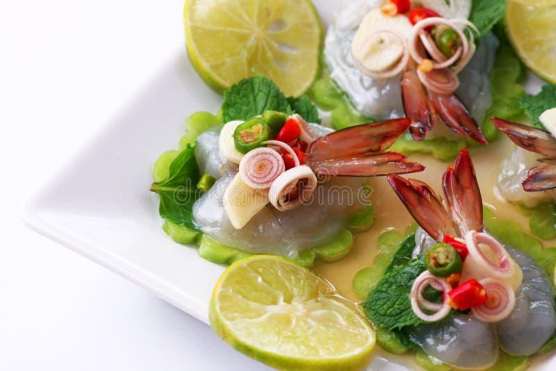Garnalen in het Thaise overzeese voedsel van de vissensaus royalty-vrije stock foto