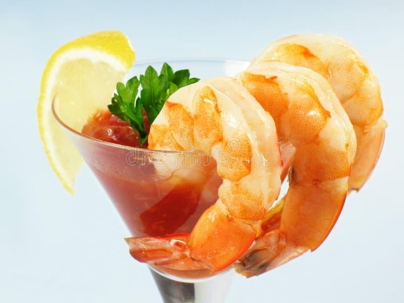 Garnele-Martini-Cocktail lizenzfreie stockfotografie