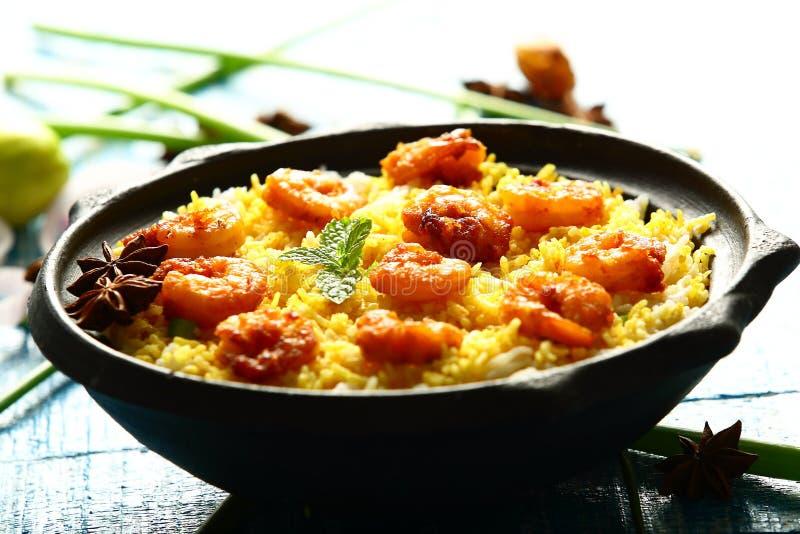 Garnelenmeeresfrüchte-Fische biryani, berühmte indische Küche lizenzfreie stockbilder