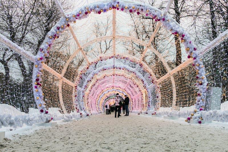 Garnering 2017 för nytt år i historiskt centrum för Moskva` s arkivfoto
