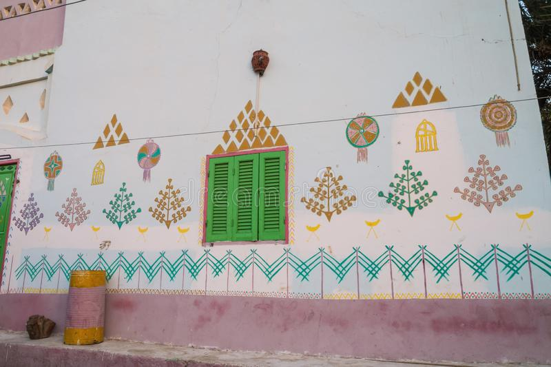 Garnering på ett Nubian hus fotografering för bildbyråer