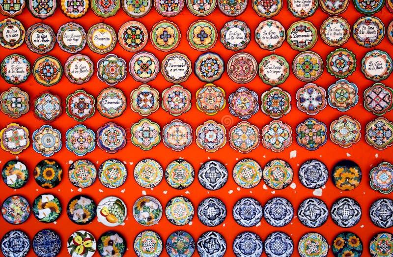 garneringmexikanplattor arkivbild